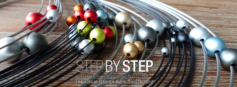 Step by Step kettingen en colliers